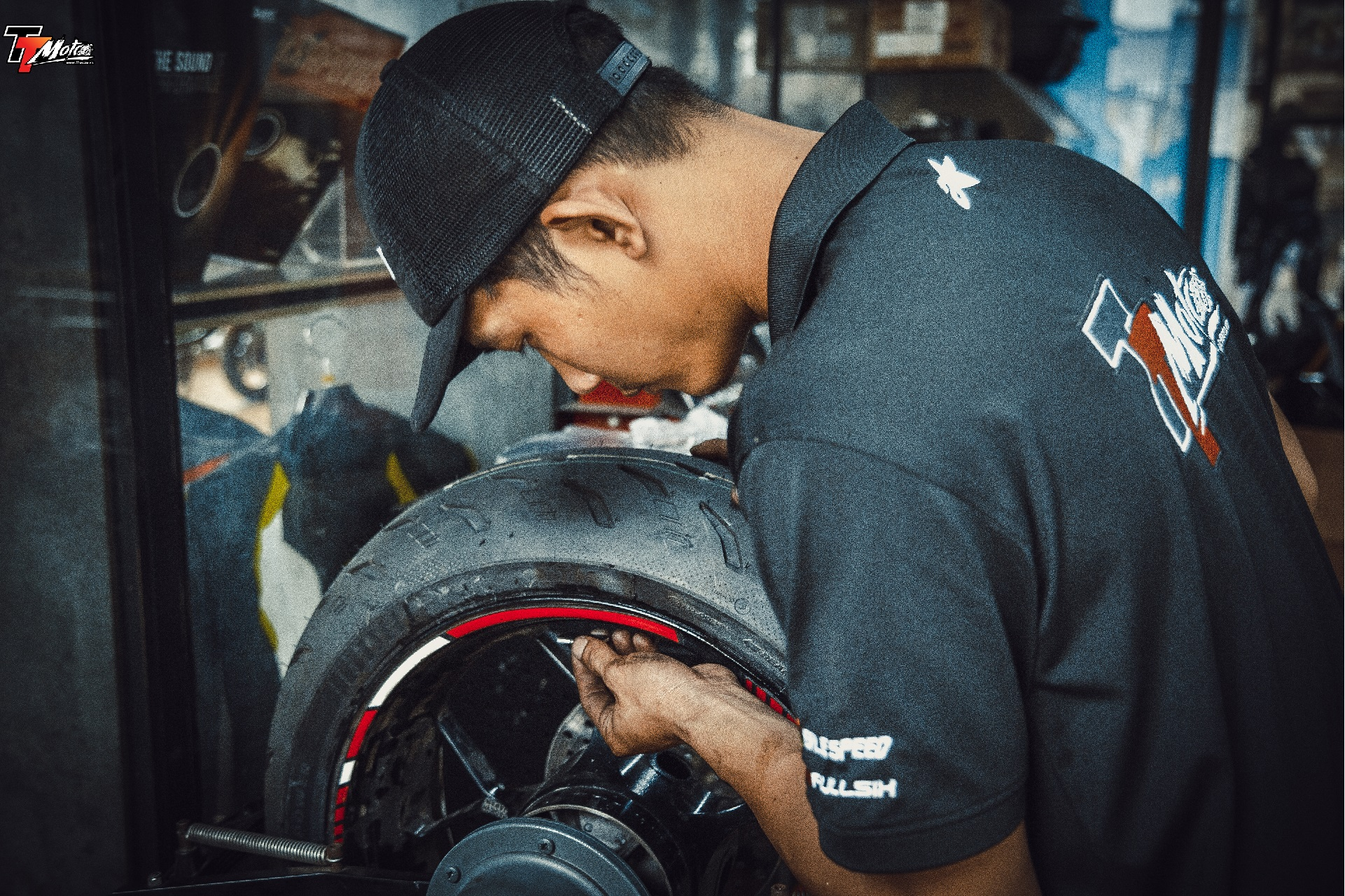 TT-Moto service và bảo dưỡng - cân mâm